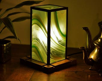Zephyr green stained glass lamp