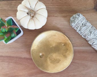 Jewelry holder. Moon Dish. Full Moon Gold.