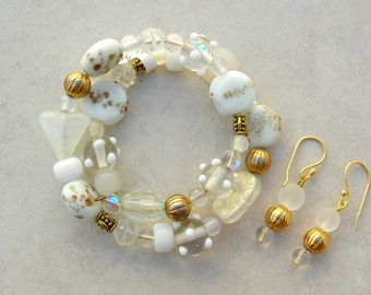 Wonderful Winter White & Gold Bracelet, Free-Size Memory Wire, Mix of Lampwork Glass, Glass, Crystal and Gold Beads, Set by SandraDesigns
