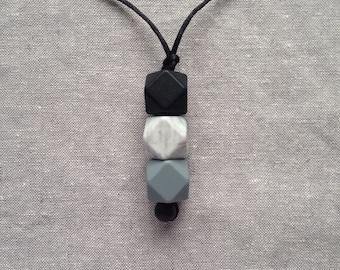 CORA Teething necklace (custom)