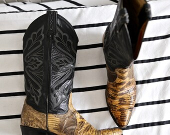 Vintage TONY LAMA Snakeskin Python Cowgirl Boots Black Tan 6.5 or 7 or 7.5 US Cowboy