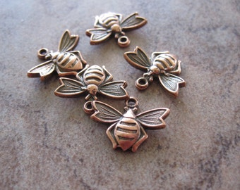 5 Stampt Antiqued Copper (plated) Flying Bee Charms - 13x10mm - JD167