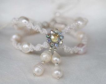 Wedding Pearl Bracelet, Boho Wedding Bracelet, Bridal Pearl Bracelet, Flower Rhinestone Bangle, 1 Piece