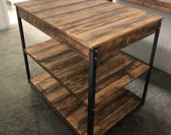 Simple Country island (Shipping Included) Kitchen Island