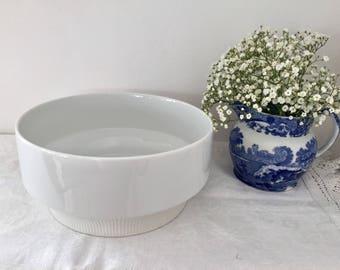 Vintage white Arzberg porcelain serving bowl.