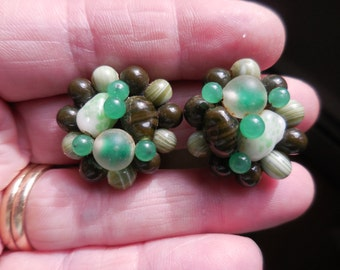 Vintage 1950s to 1960s Round Cluster Green Glass Beaded Clip on Earrings Non Pierced Japan