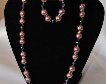 Dusky Pink Beaded Necklace and Bracelet Set