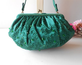Green Evening Bag, Holiday Evening Bag, Green Bead Handbag, Green Bead Purse, Magid Handbag, Hand Beaded, Vintage Green Bag EB-0446