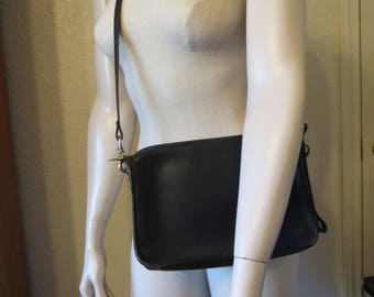 vintage Navy Leather Zipper Top Pouch with Removeable Cross Body or Shoulder StrapBag