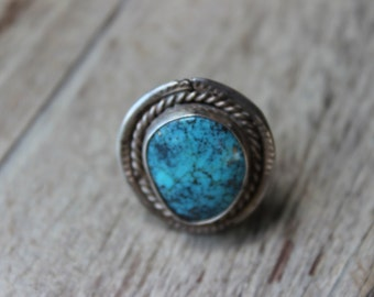 Vintage Sterling and Turquoise Ring Bezel Set Rope Detailing Stamped