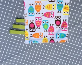 White orange pattern owls minkee blanket