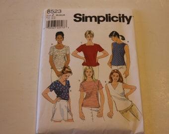 Simplicity 8523: Misses' Top Sizes 20,22,24 UNCUT