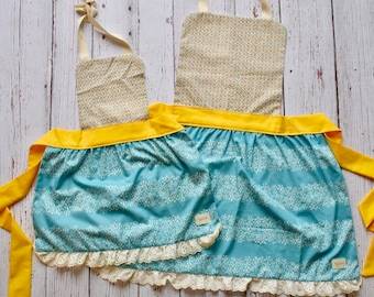Mommy and Me Apron Set - Vintage Floral Apron Set - Blue Yellow and Ivory Apron