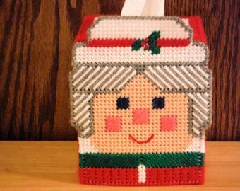 Mrs. Claus Tissue Box Cover // Needlepoint Tissue Holder // Plastic Canvas Decor // Needlepoint on Plastic Canvas // Christmas Decor