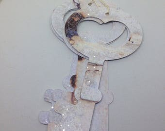 Gift Tags Skeleton Key Tags Present Embellishment White and Glitter Shabby Chic Skeleton Key Gift Tags