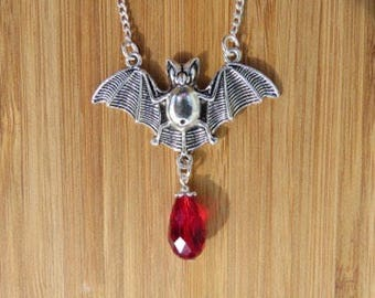 Gothic Bat Necklace Bat Necklace Gothic Jewellery, Samhain All Hallows Eve Halloween necklace, Pagan Wiccan Vampire Halloween Dracula Bat