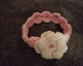 Crochet baby shell stitch headband with flower