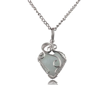 White Heart Wire Wrapped Necklace - Silver