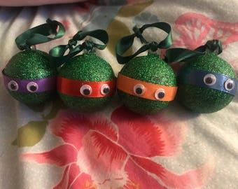 Teenage Mutant Ninja Turtle Set of 4 Christmas Baubles