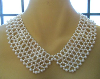 Faux Pearl Collar Necklace Costume Jewellery (1980s)