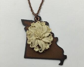 "Missouri Miss | State of Missouri Rusted Meta Cutout | Cream Pendant | Antique Copper Chain (24"" or 30"")"