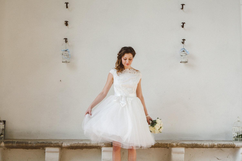 des ann es 50 courte robe de mari e dentelle robe de mari e. Black Bedroom Furniture Sets. Home Design Ideas