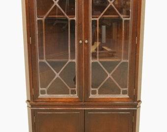 1940u0027s Antique Duncan Phyfe Corner China Cabinet W. Leaded Glass Panes