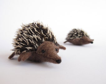 Felt Echidna or Hedgehog Sewing Pattern PDF - Waldorf style felt animal toy.