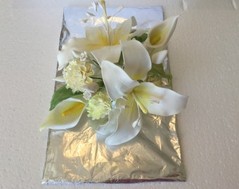 Handmade lily flowers wedding topper