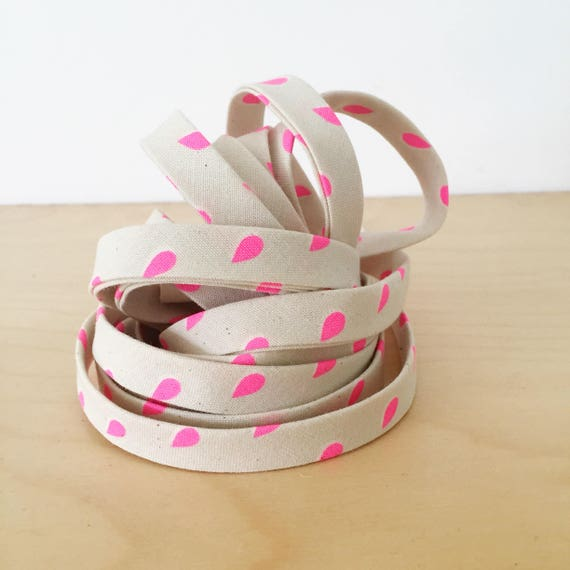 "Bias Tape in Cotton + Steel Beauty Shop Neon Pink Drops cotton 1/2"" double-fold binding- 3 yard roll"