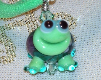 Happy Green Turtle Necklace