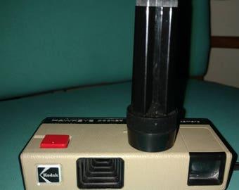 Vintage Hawkeye Instamatic camera
