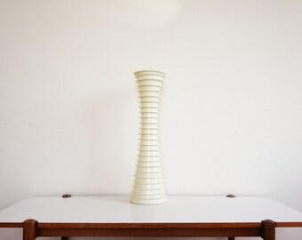 Grand vase blanc  design vintage résine céramique