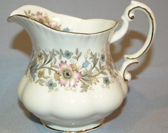 Paragon Meadowvale Cream Jug