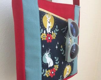 Jackalope Zip Messenger Bag