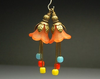 Bead Dangles Charms Drops Flowers Pair Orange Lucite O55