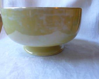Lustreware bowl mfg by Carlton Ware, circa 1920s