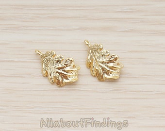 PDT1295-MG // Matte Gold Plated Curved Fallen Leaf Pendant, 2Pc