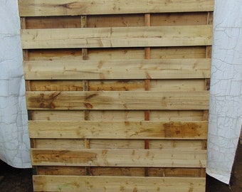 Wooden Horizontal Hit & Miss Fencing - Flat Top Fence Panel