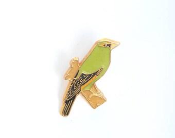 Budgie, parakeet pin, enamel pin, enamel pin badge, animal enamel pin, bird brooch, backpack pin, lapel pin,