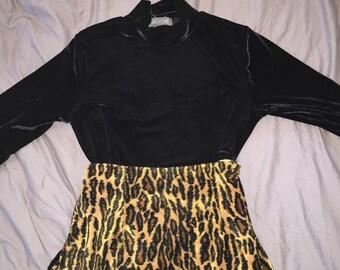 Vintage Black velour turtleneck sweater
