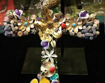 Vintage jewelry cross art/unique home decoor collection