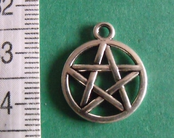 set of 4 silver charms star 20mmx16mm