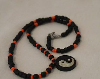 90's Yin Yang beaded necklace