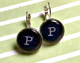 Letter P typewriter key glass cabochon earrings- 16mm