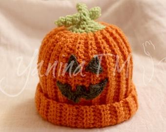 Kids Halloween pumpkin hat (crochet) with a vine and a leaf, 9-12 months
