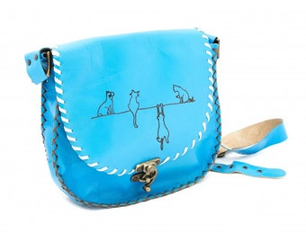 Agatha 1012: Leather Shoulder Bag with Cats Pattern