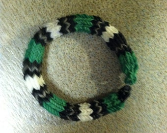 Rainbow Loom Philadelphia Eagles Bracelet, Sized for A Youth.  Done In the 6 Point Hexafish Pattern..