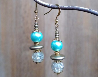 Chic and romantic earrings