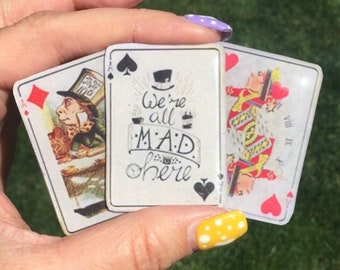 Darling Vintage Look Alice in Wonderland Madhatter Queen of Hearts Tea Party Resin Brooch!!